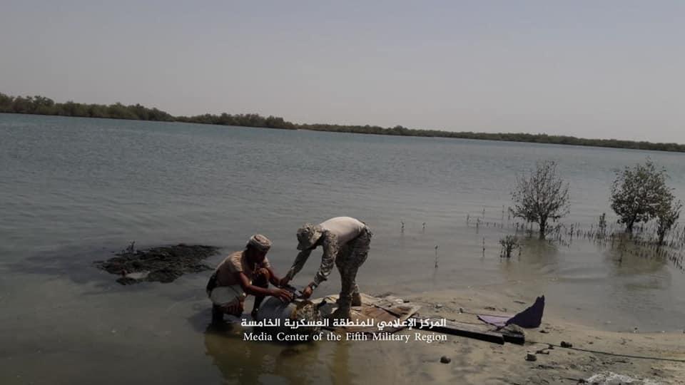 ألغام بحرية عثر عليها الجيش اليمني قبالة سواحل ميدي