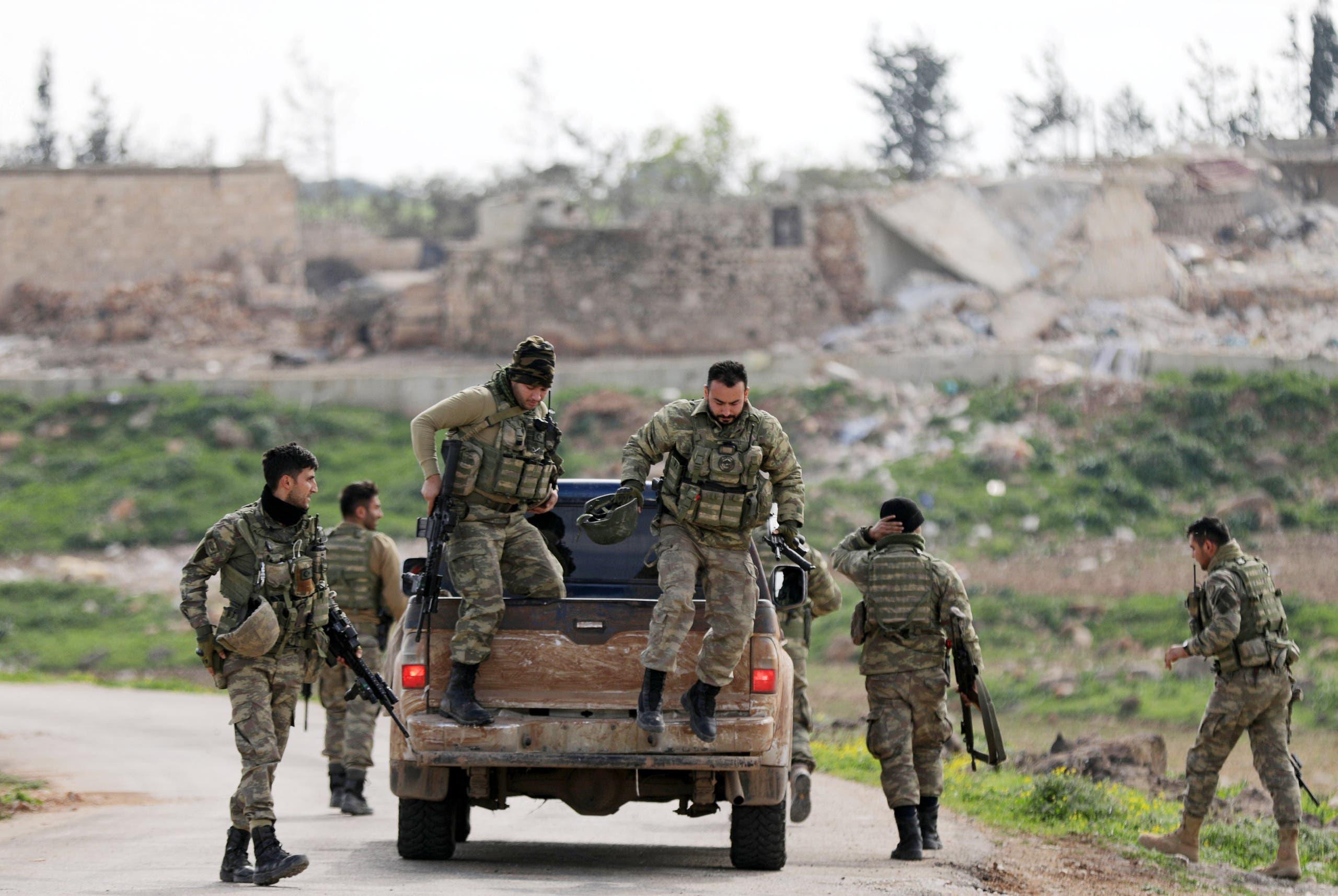 قوات مدعومة من تركيا في عملية عفرين