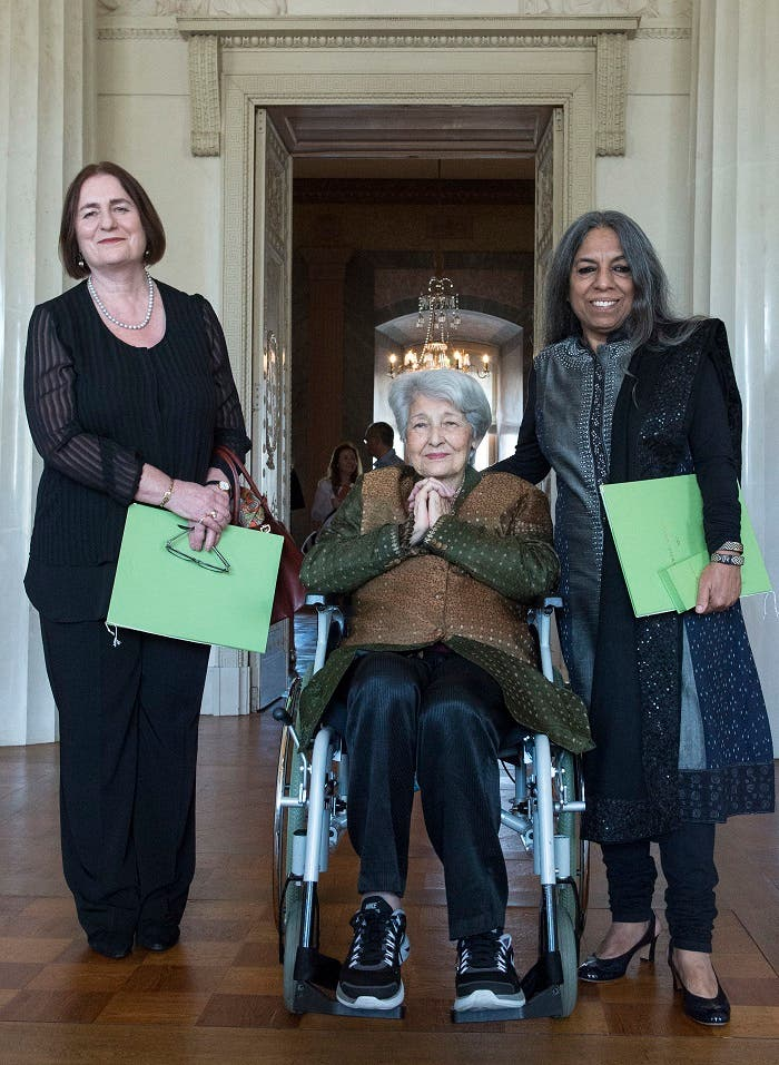 Award winners the Russian historian and civil rights activist Irina Shcherbakova, the Lebanese writer Emily Nasrallah and the Indian publisher, writer and women's rights activist Urvashi Butalia, from left, pose for photographers after the 2017 Goethe Medals awards presentation in the Grand Ducal Palace in Weimar, central Germany, Monday, Aug. 28, 2017. (AP)