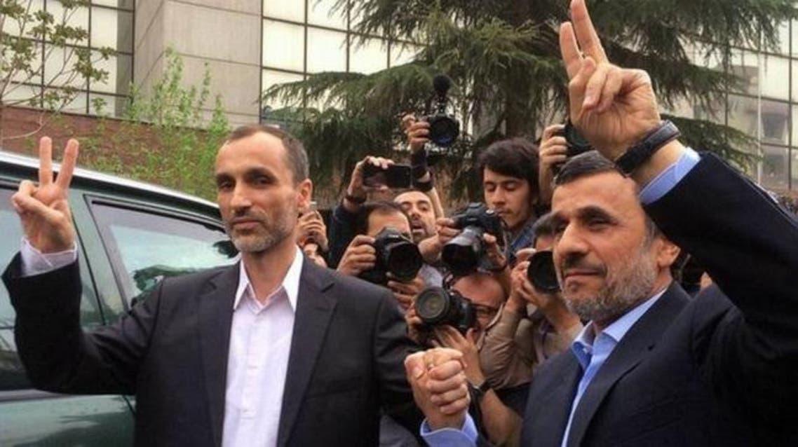 أحمدي نجادي ومساعده حميد بقائي