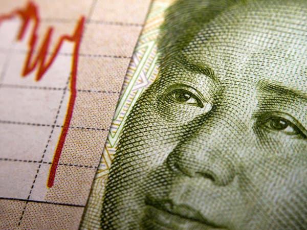 الدولار الأسترالي واليوان يهبطان بفعل بيانات صينية