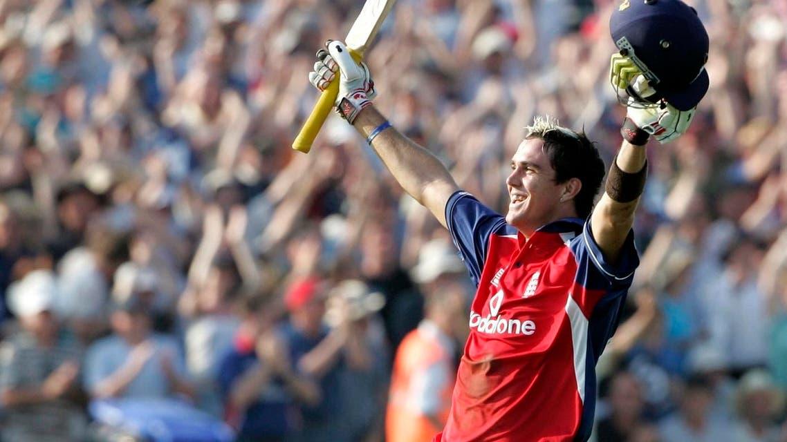 England's batsman Kevin Pietersen celebrates victory over Australia during their triangular one-day international in Bristol in 2005. (Reuters)