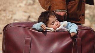 طفلة الحقيبة في سوريا