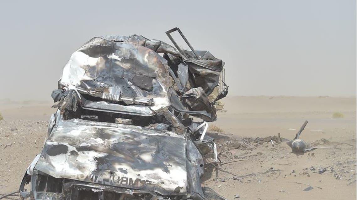 سيارة الاسعاف الطبية بعد قصفها من ميليشيا الحوثي3