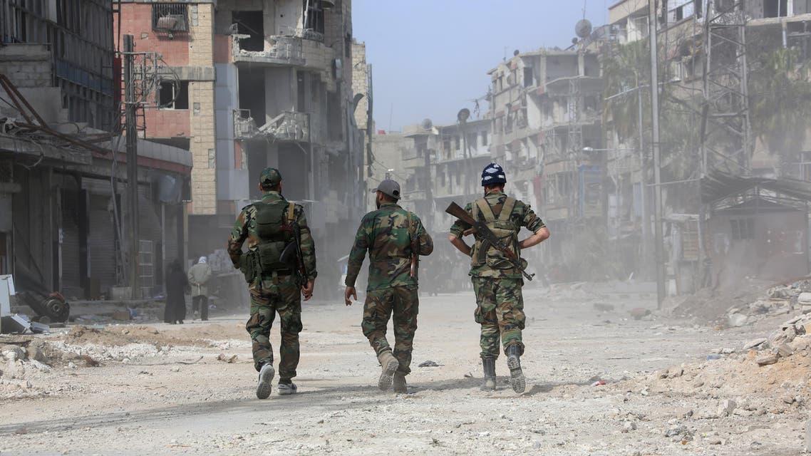 جنود من قوات الأسد قرب دمشق