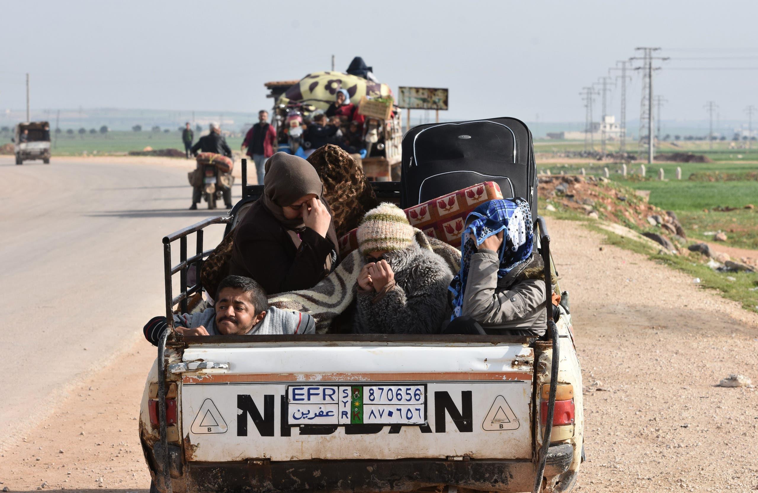 نازحون من عفرين إلى تل رفعت يوم 18 مارس