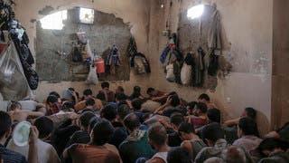 رجال اعتقلوا في الموصل عام 2017 للاشتباه في صلتهم بداعش