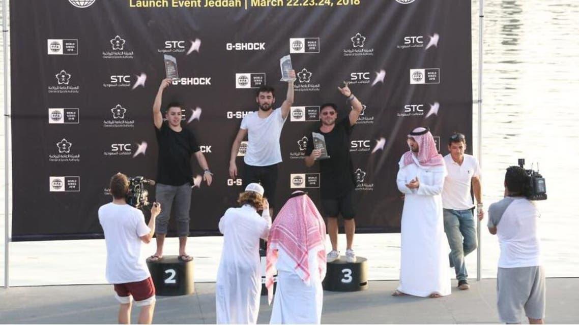 تكريم نائب رئيس هيئة الرياضة للفائزين