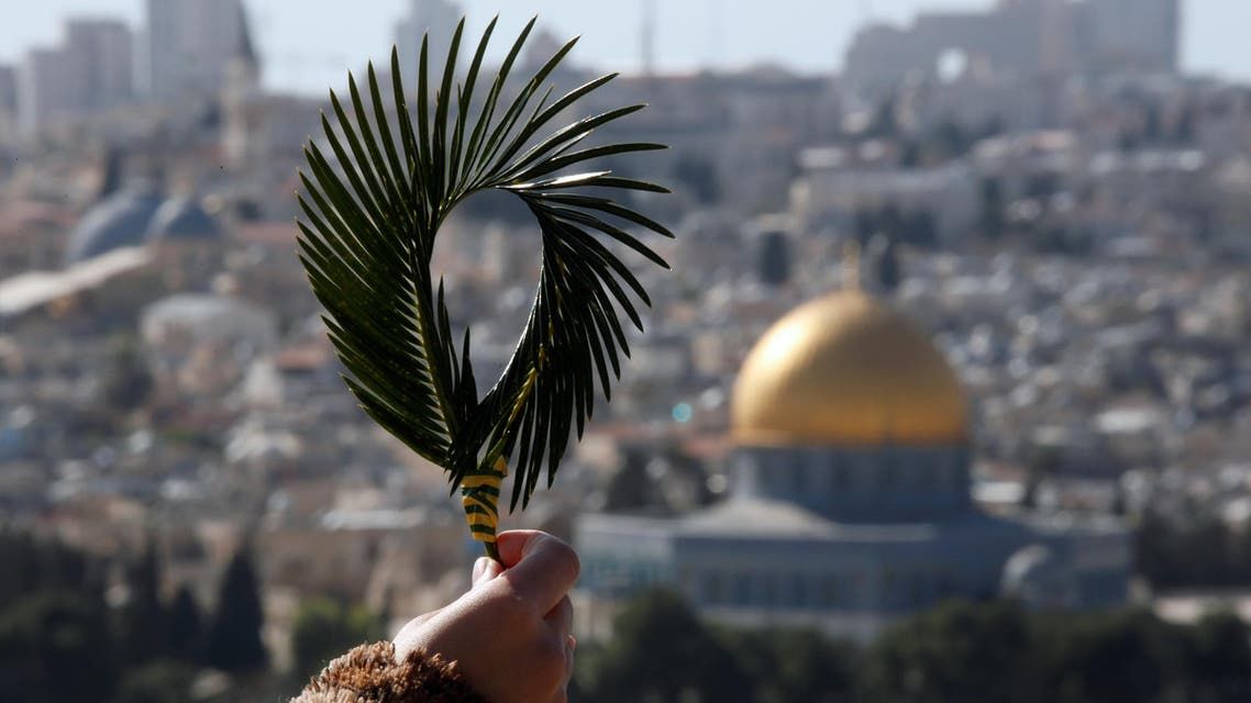 أحد الشعانين في القدس.. هراوى الاحتلال بمواجهة سعف النخيل
