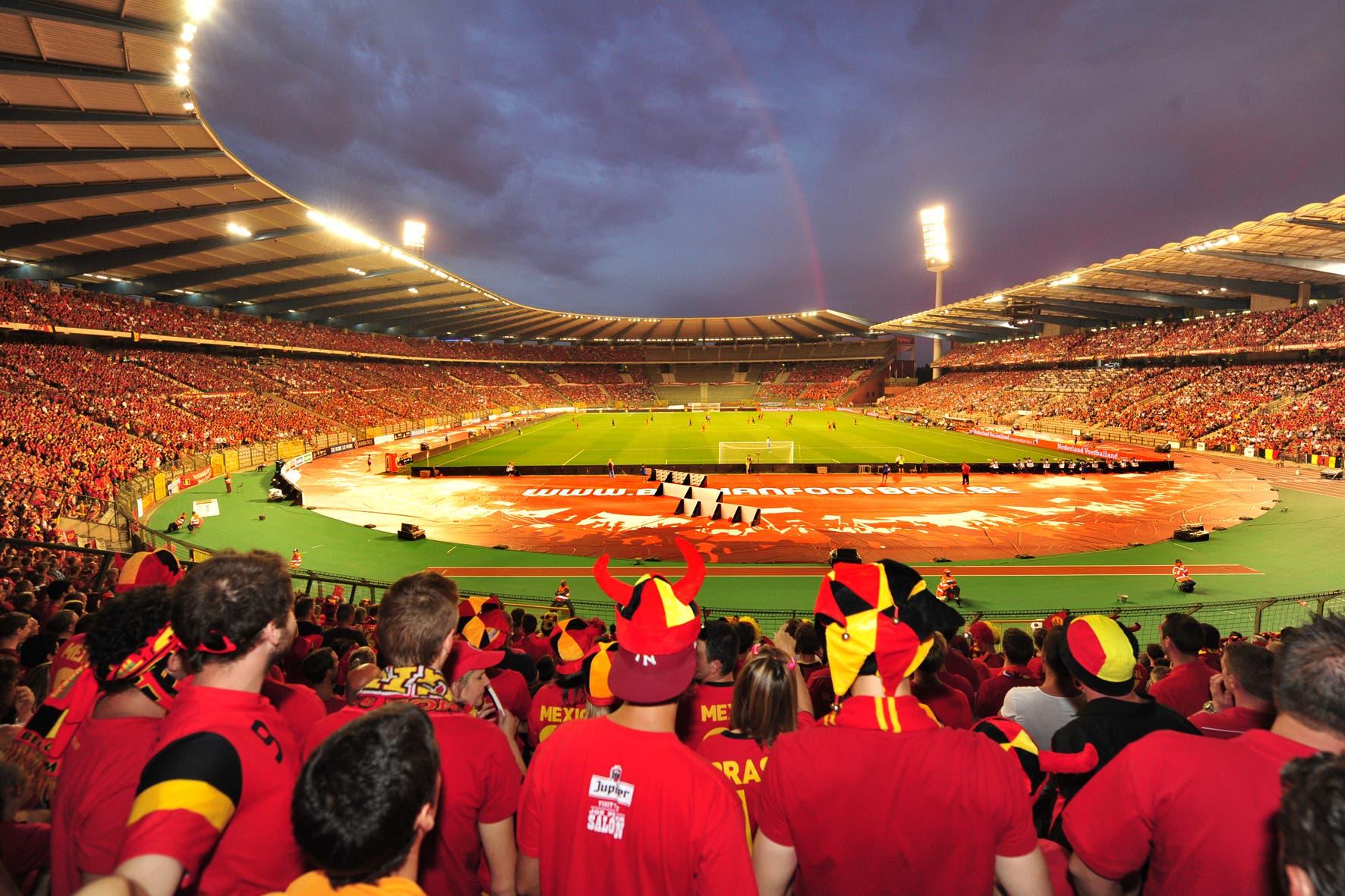 الجماهير البلجيكية تملأ مدرجات الملعب الشهير