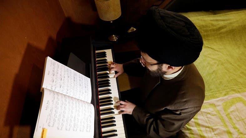 Картинки по запросу shia mullah playing piano