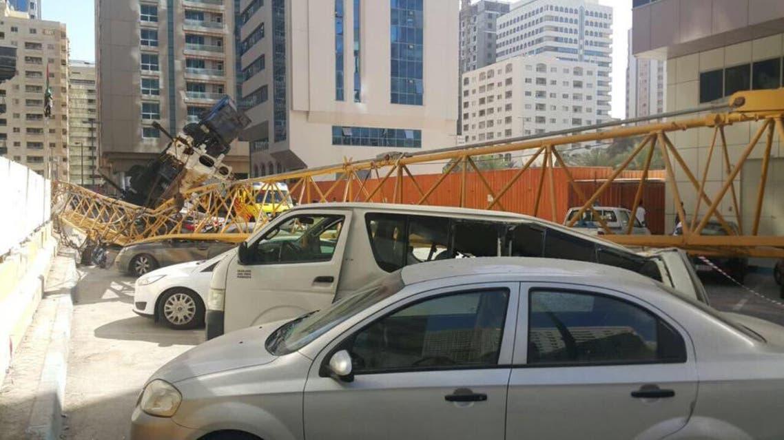Crane crashed in Abu Dhabi (Abu Dhabi Police)