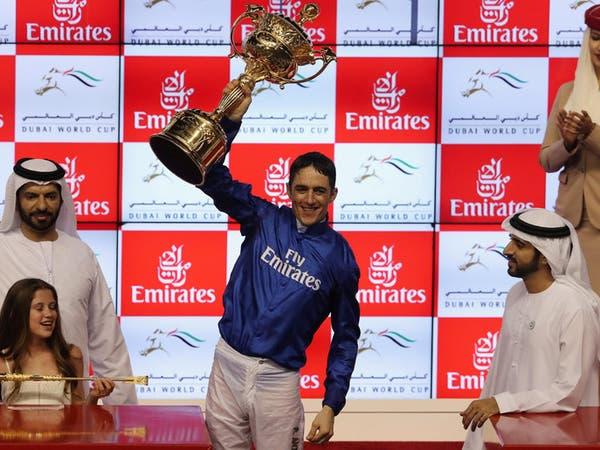 """""""ثاندر سنو"""" يفوز بكأس دبي العالمي للخيول"""