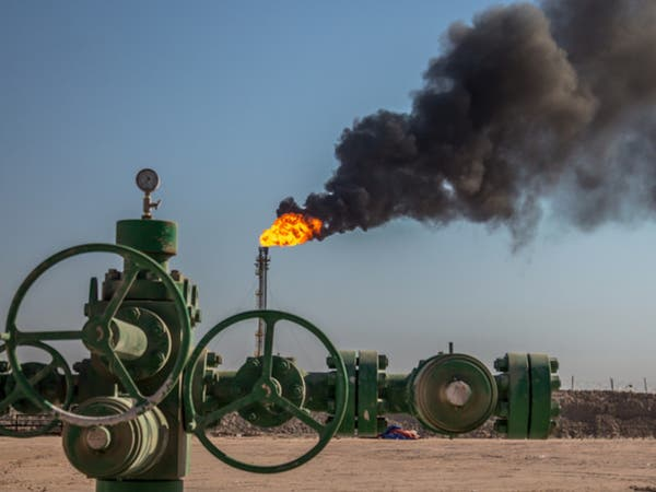 إخماد حريق في إحدى أكبر مصافي النفط بالعراق