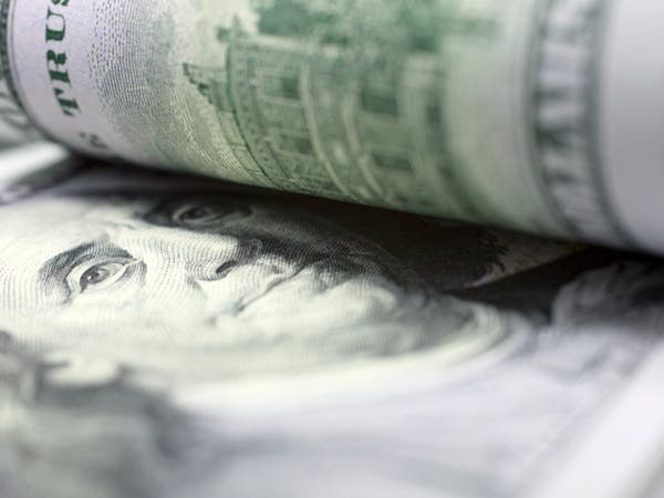 مؤشر الدولار يرتفع لأعلى مستوى في عامين