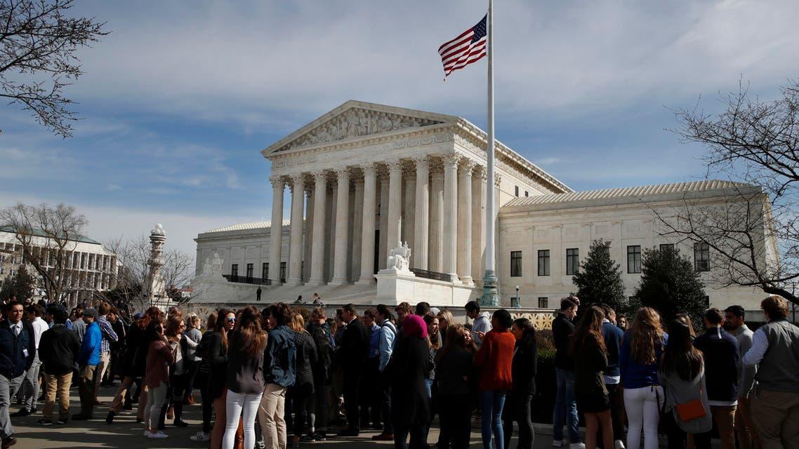 أمام المحكمة العليا الأميركية