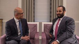 محمد بن سلمان يبحث دعم التحول الرقمي مع رئيس مايكروسوفت