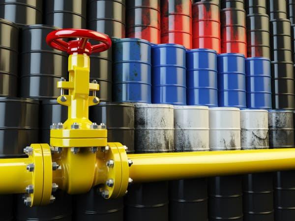 إنتاج النفط الروسي يهبط في مايو لأدنى مستوى في 11 شهرا