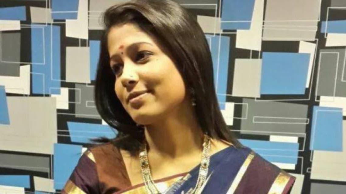 Indian News Ancher radhika ready