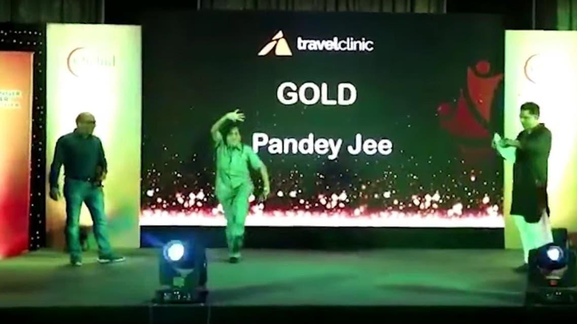 Indian man dies while dancing on stage (Screengrab)