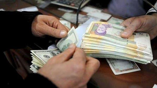 رغم ضخ مليار دولار.. عملة إيران تهبط مجدداً