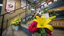 15 killed in Canadian youth hockey team bus crash