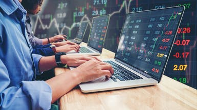 إشارات على تدخل البنوك المركزية تصعد بالأسهم العالمية
