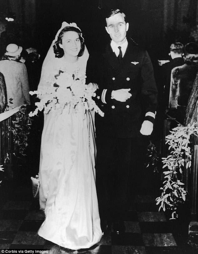 حفل زواجهما عام 1945