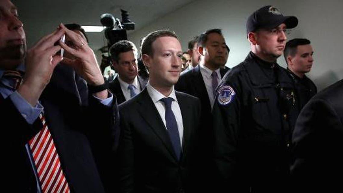 فیسبوک 7.3 میلیون دلار  در سال جهت تامین امنیت مارک زاکربرگ میپردازد