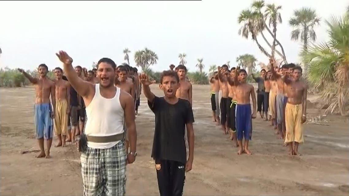THUMBNAIL_ ميليشيات الحوثي تستخدم إغراءات بالمال والسلاح لتجنيد الأطفال