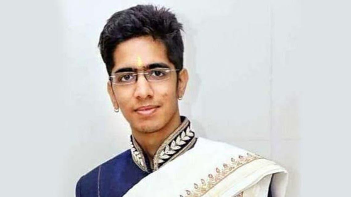 Mokshesh Sheth - 24-year-old India millionaire turns monk (Facebook)