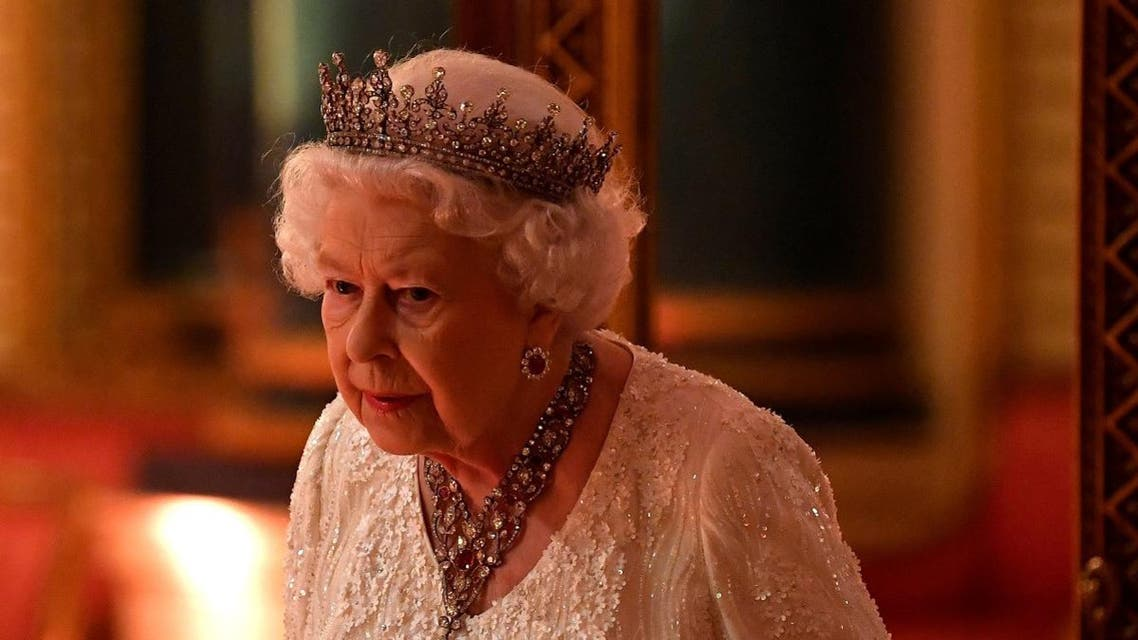 Britain's Queen Elizabeth arrives to The Queen's Dinner during the Commonwealth Heads of Government Meeting at Buckingham Palace in London, Britain. (Reuters)
