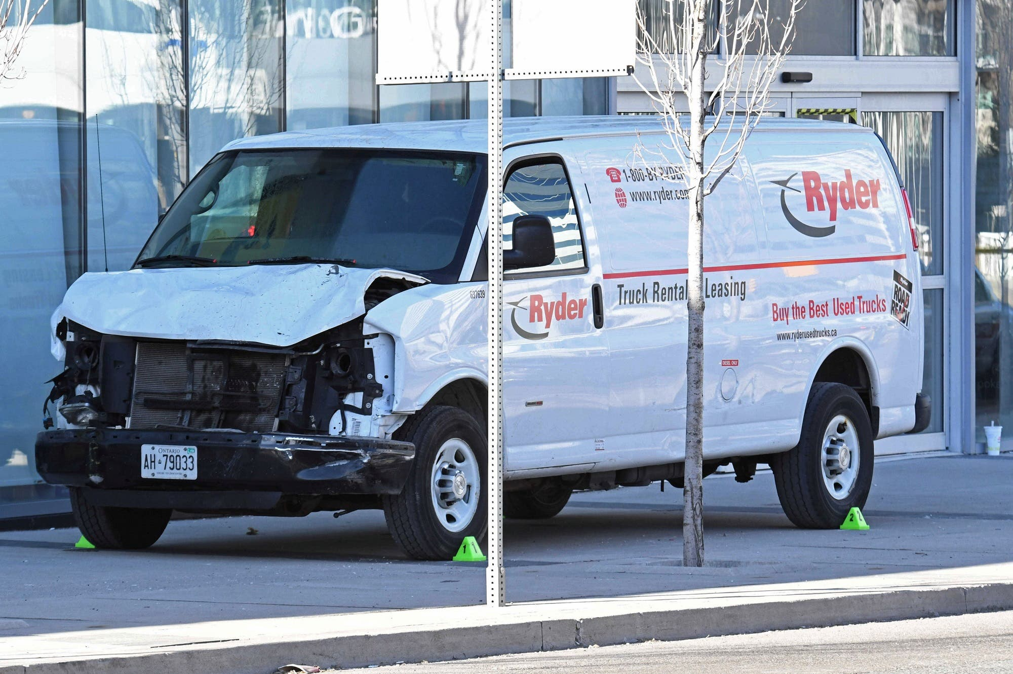 A damaged van seized by police is seen after multiple people were struck at a major intersection northern Toronto, Ontario, Canada, April 23, 2018. (Reuters)