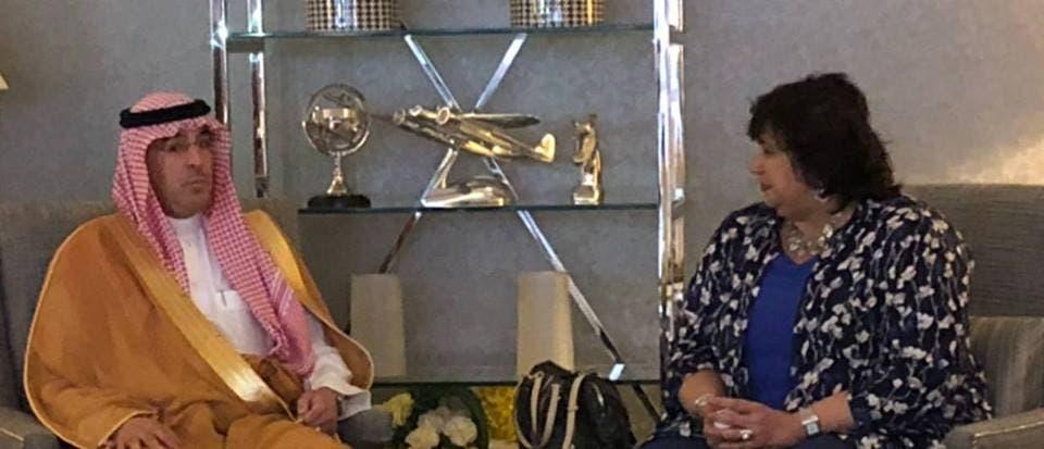 وزيرة الثقافة المصرية تجتمع مع نظيرها السعودي