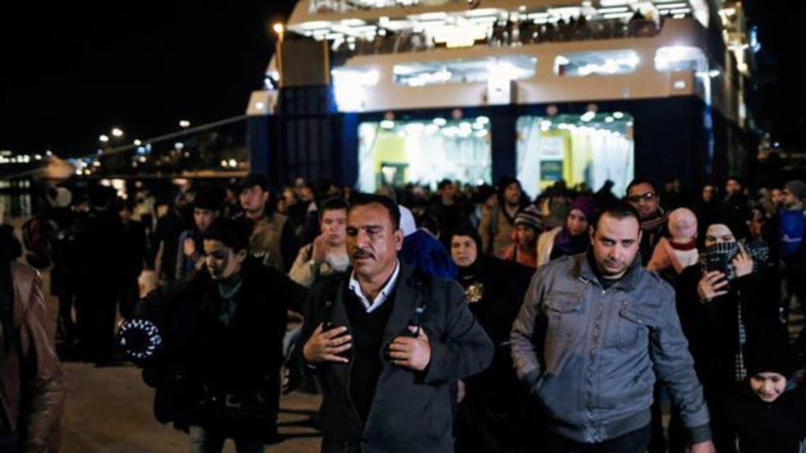 ترکیه برای جلوگیری از ورود مهاجران غیرقانونی افغانستان 144 کیلومتر دیوار میکشد