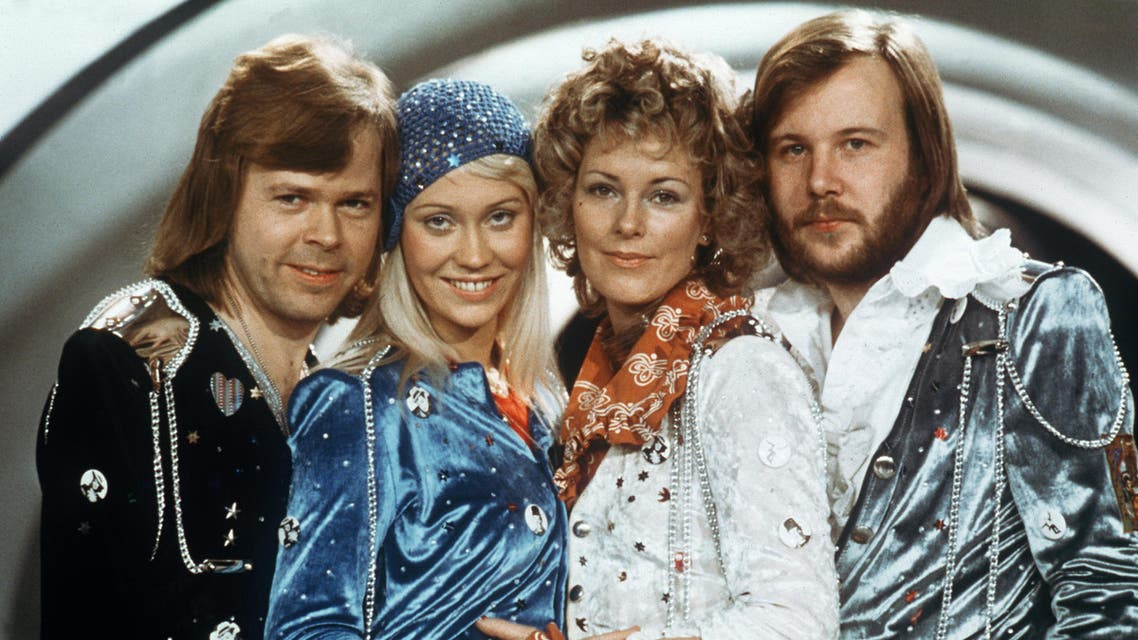 Swedish pop group Abba (from L to R) Bjorn Ulvaeus, Agnetha Faltskog, Anni-frid Lyngstad and Benny Andersson, pose during the Eurovision Song Festival, February 9th, 1974, . LINDEBORG / SCANPIX SWEDEN / AFP