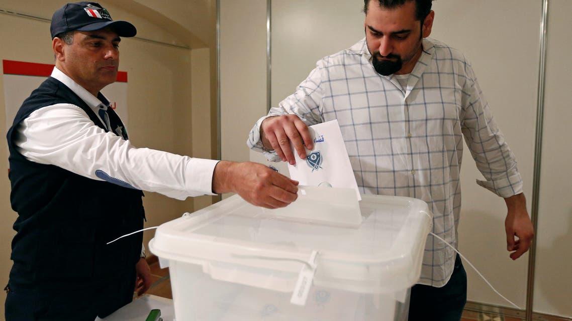 لبناني ينتخب في السفارة اللبنانية بالرياض