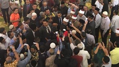 بالصور.. مسلمو سنغافورة يرحبون بشيخ الأزهر