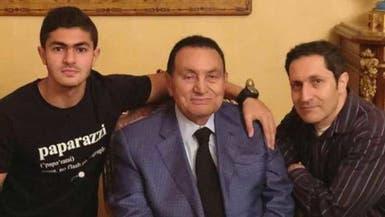 كيف احتفل مبارك بعيده التسعين؟ صورة تكشف