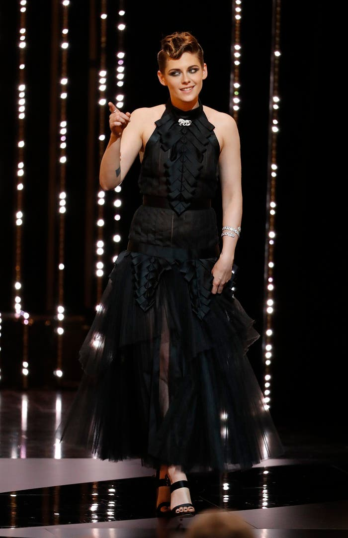 jury member Kristen Stewart arrives on stage. (reuters)