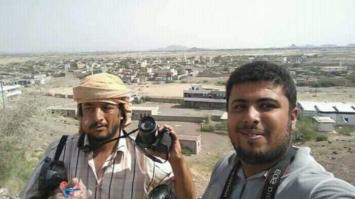 من مركز مديرية موزع غرب تعز بعد انسحاب الحوثيين منها عقب محاصرتهم