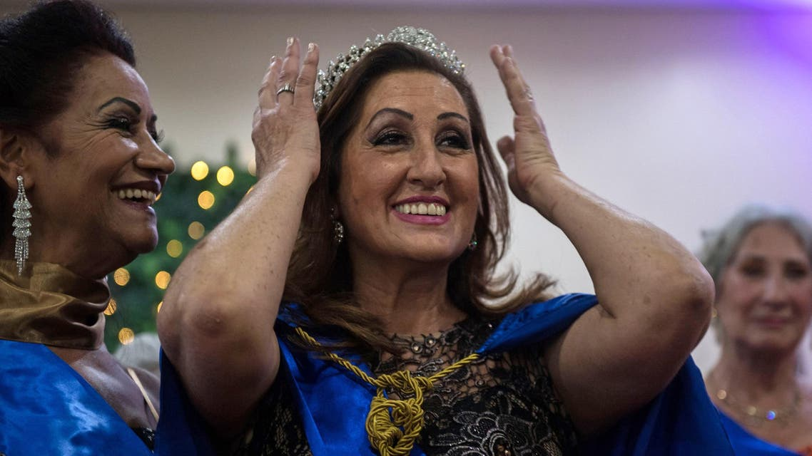 Miss Elderly 2018 Rosalia Pereira, 62, is crowned in Sao Paulo on May 10, 2018. (AFP)