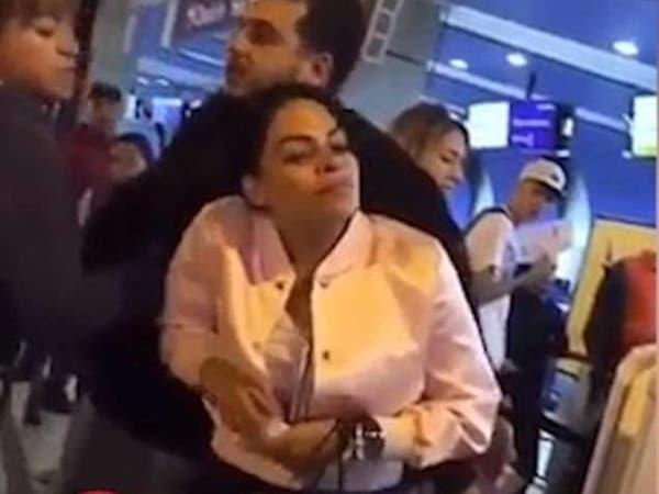 شاهد ماذا يفعل غضب أنثى بزوج خائن وعشيقته؟