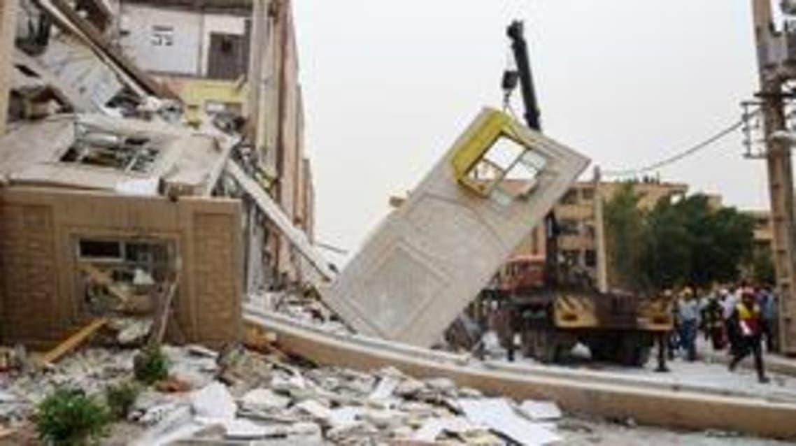 انفجار و ریزش یک ساختمان مسکونی چند طبقه در اهواز
