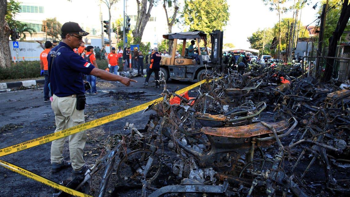 تفجيرات كنائس إندونيسيا