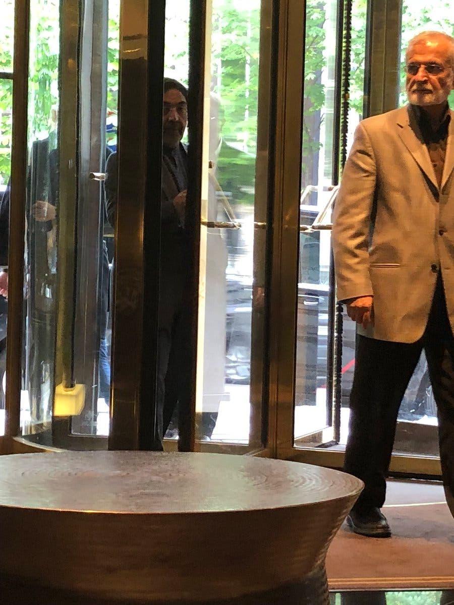 لقاء جمع كيري وإيرانيين في باريس