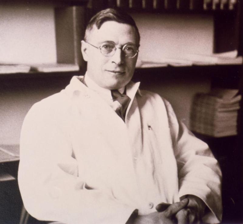 الطبيب الكندي جيمس كوليب