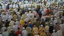 Photos: Worshippers pour into Grand Mosque for first Ramadan Taraweeh prayers