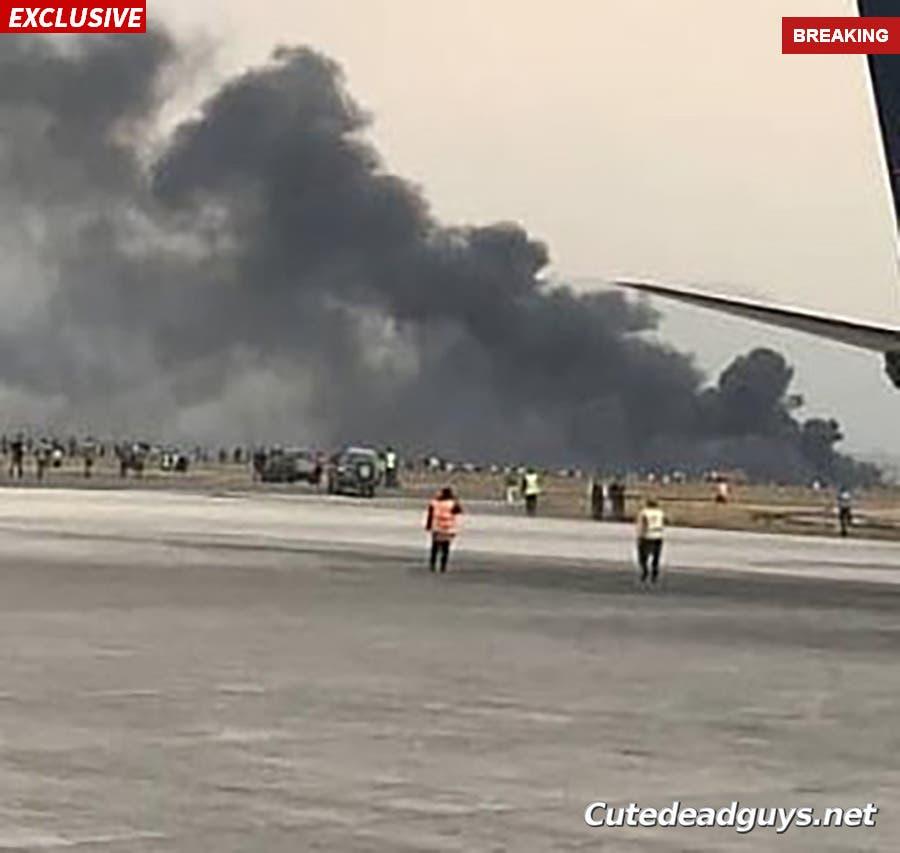 محل سقوط هواپیما در نزدیکی فرودگاه
