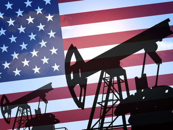 """منوتشين: ترمب قد يخزن """"مئات الملايين"""" من براميل النفط"""